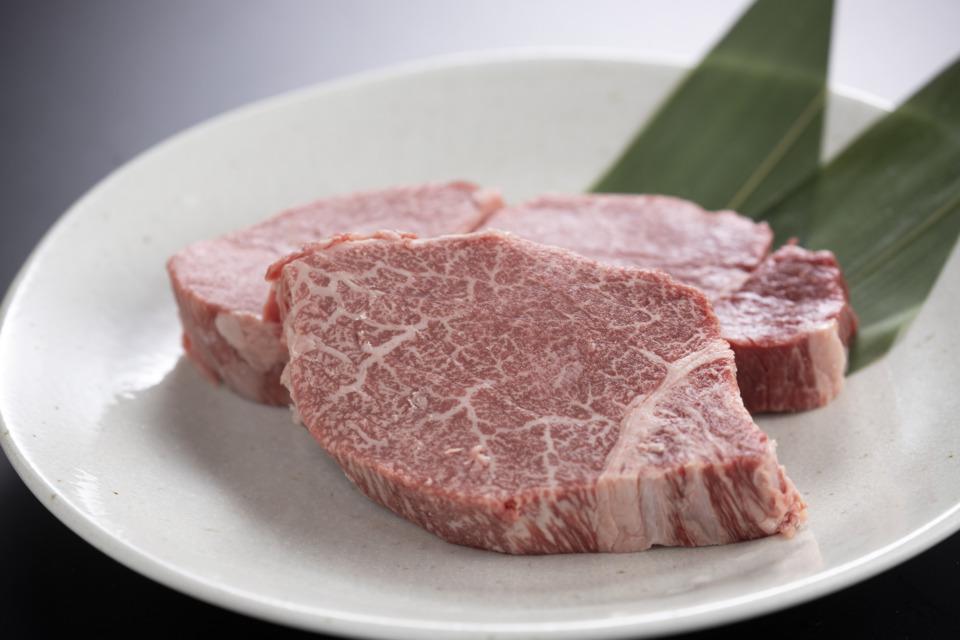最上等級のA5ランク 鳥取県産黒毛和牛 ヒレステーキ