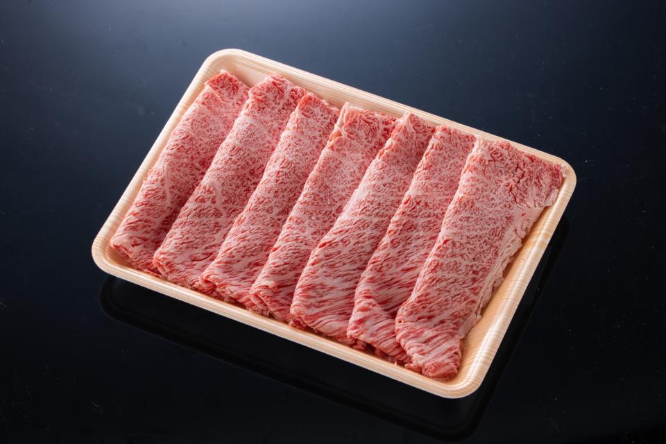 鳥取県産 黒毛和牛 牛肩ロースすき焼き(総量800g)
