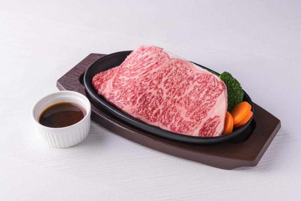 鳥取県産 黒毛和牛 牛ロースステーキ(約200g位×4枚)